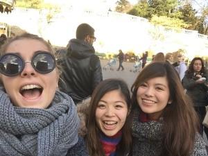 友人とパリ旅行
